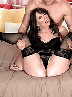 50 Plus MILFs - The well-stuffed divorcee - Nicky White (50 Photos)